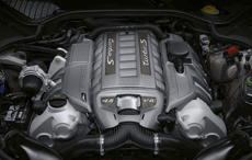 4.8L V8型ツインターボ