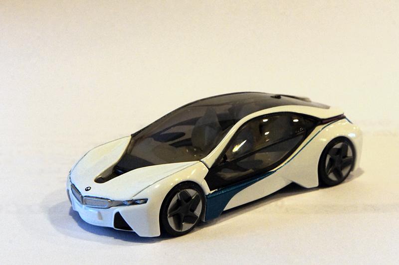 BMW ビジョン・エフィシエント・ダイナミクス 1/64ミニカー