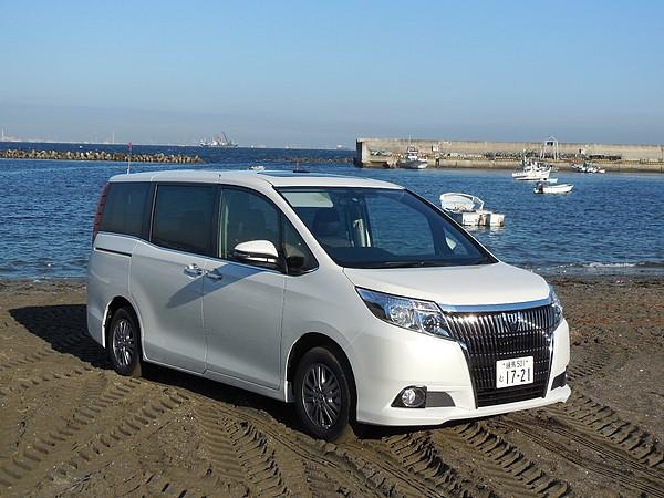 ドライブレポート トヨタ エスクァイア 001