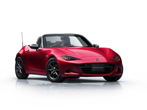 100.Roadster_S-special-pkg-exterior-02